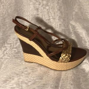 Audrey Brooke gold and brown wedges